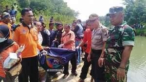 Mayat Laki-laki Tanpa Identitas Ditemukan di Sungai Biting