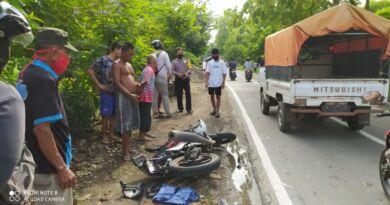 Laka Karambol di Jalan Raya Balong-Ngumpul, Kendaraan GL Ringsek Terlindas Truk